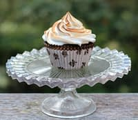 S'more-cupcake-s'mores-bakepedia