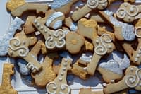 key-shaped-cookies-dede-wilson