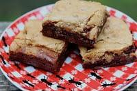 double-chocolate-brownie-pecan-blondie-bar