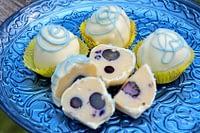 Lemon Blueberry White Choc Cake Ball